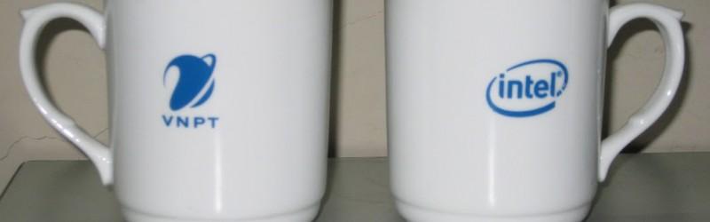 In ly sứ trắng in hình - In hình lên ly - Quà tặng độc đáo